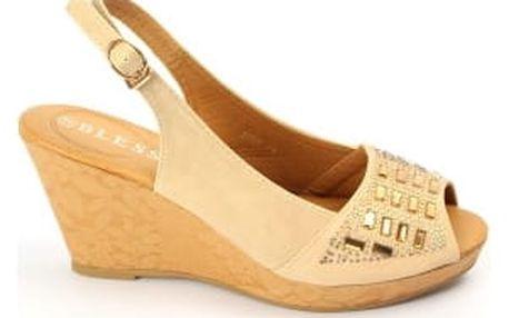 Letní dámské sandálky na klínku BLESS béžové