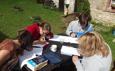 Letní týdenní tábory s angličtinou pro děti i dospělé v Plzni