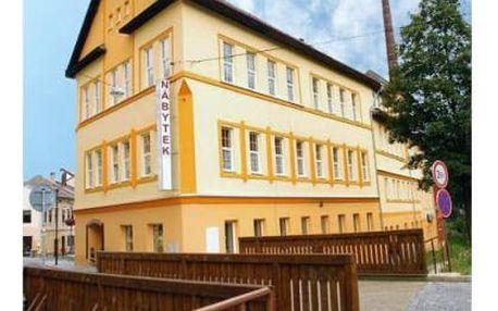 Ubytování s polopenzí na Šumavě v 3*hotelu Volyňka pro dva, hodina ve vířivce, welcome drink, víno.