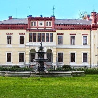 Romantika na zámku Mostov s bazénem