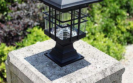 Venkovní solární lampa s elegantním designem