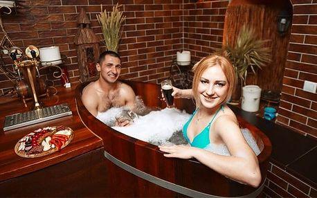 60 minut pivní relaxace v dřevěné kádi pražských lázních Exclusive pro 2
