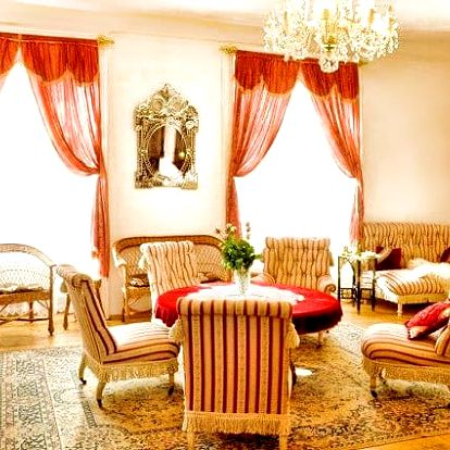 2 až 4denní pobyt pro 2 se snídaní nebo polopenzí na zámku Úsobí u Jihlavy