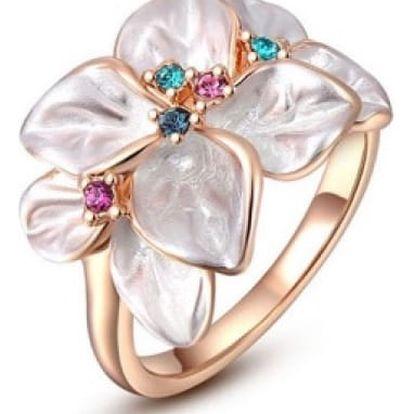Dámský prsten s motivem květů