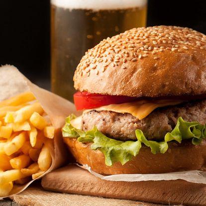 Canada burger, domácí hranolky a nápoj
