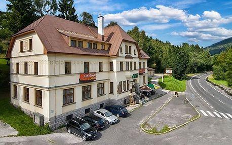 3 nebo 4denní pobyt pro 2 osoby s polopenzí v chatě Labská ve Špindlerově Mlýně