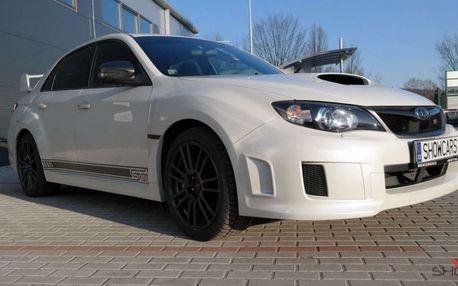 Užijte si adrenalinový rallye challenge v legendárním voze Subaru Impreza WRX STI od Showcars