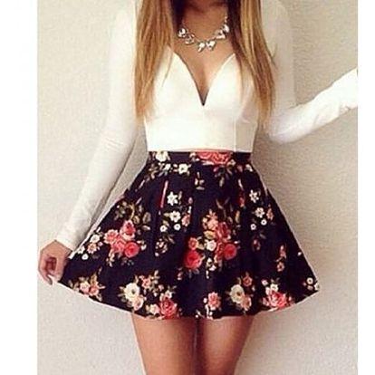 Šaty s áčkovou sukní - bílá, velikost 5