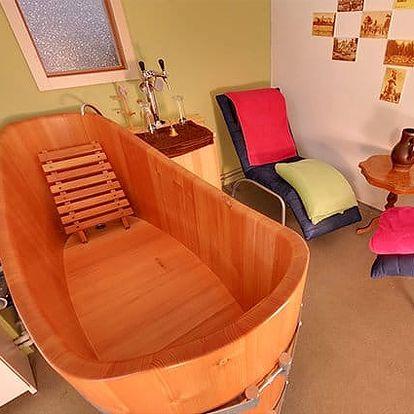Pivní koupel s konzumací piva, masáží, zábalem a dárkem v Pivních lázních v Poděbradech