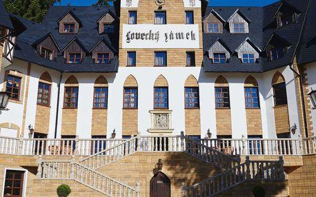 Romantika doby Karla IV v luxusním hotelu Zámek Lužec**** s polopenzí, wellness a procedurami