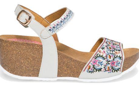 Desigual bílé boty na klínku White Flowers - 40