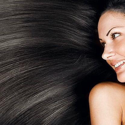 Regenerace poškozených vlasů brazilským keratinem ve Studiu Step v Praze