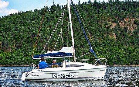 Pronájem jachty na 1 nebo 2 noci pro 4 osoby na Orlické přehradě
