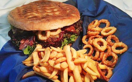 S partou na piknik: Kilový burger a jiné dobroty