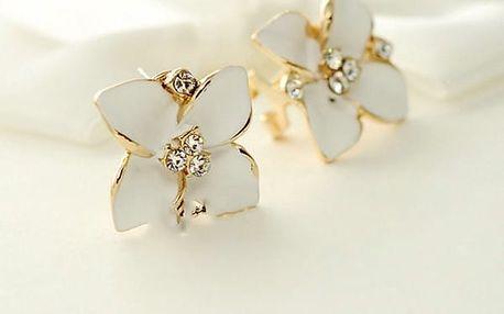 Náušnice - romantické květiny - bílá barva - dodání do 2 dnů
