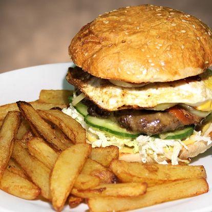 2× burger Elektra: poctivá porce masa a dalších dobrot, domácí bulka i hranolky