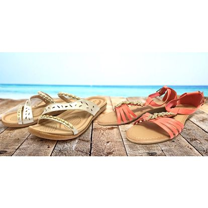 Dámské módní sandály a pantofle