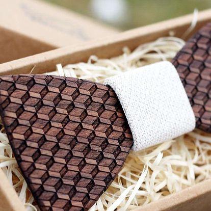 Dřevěné motýlky pro každého gentlmena, vyrytí textu na přání v ceně