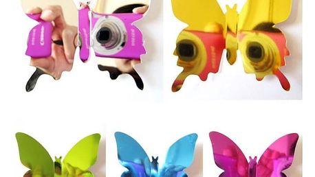 Balení 3D zrcadlových motýlů na zeď
