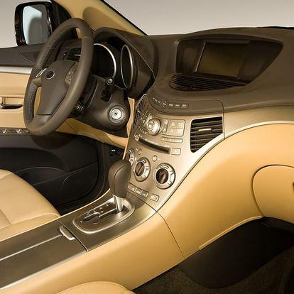 Mokré čištění interiéru vozu včetně tepování