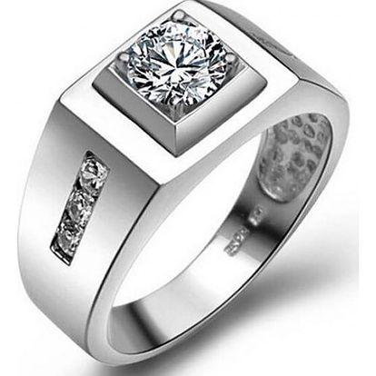 Pánský prstýnek s velkým třpytivým kamenem