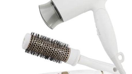 Dárková sada péče o vlasy Gallet Versailles dárková sada s žehličkou a kartáčem SEC 816 IW