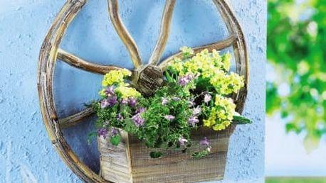 Zahradní dekorace dřevěné kolo