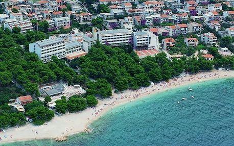Chorvatsko - Makarska na 14 dní, polopenze s dopravou autobusem