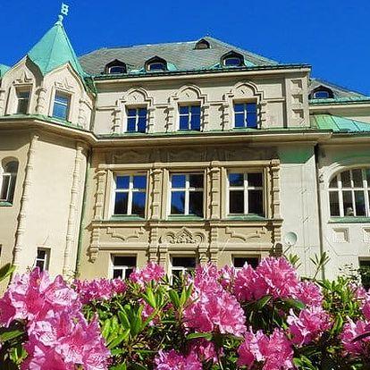 3 až 5denní wellness pobyt se snídaněmi pro 2 v Kramářově zámku na Liberecku