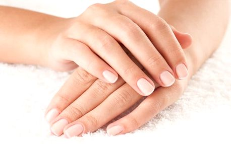 Péče o nehty – suchá manikúra nebo gel-lak na nehty v pražském Bio Studiu Kameliya