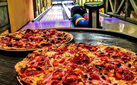 Hodina bowlingu a 2 pizzy dle výběru