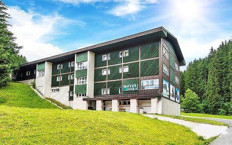 Rodinný pobyt ve Špindlerově Mlýně s polopenzí + dítě do 14,9 let zdarma a vstup do vodního ráje