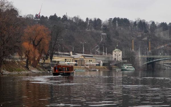 Vyhlídková plavba Pražskými Benátkami, 45 minut, počet osob: 1 osoba, Praha (Praha)4