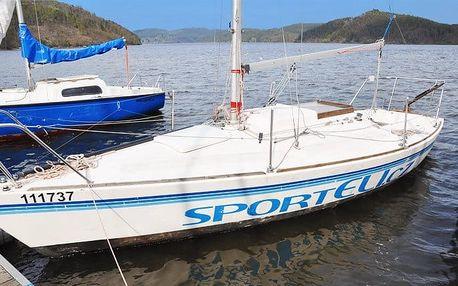 4–5denní pronájem plachetnice pro 3–4 osoby na přehradě Orlík