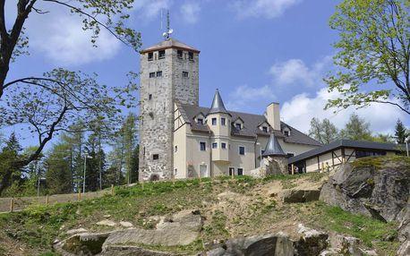 Vstup na vyhlídku s výhledem na Liberecko a široké okolí z hotelu Liberecká výšina s polopenzí a dárkem k tomu