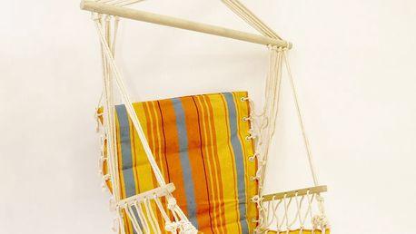 Závěsné houpací křeslo s dřevěnou tyčí a opěrkou,