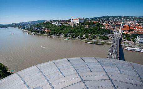 Vyhlídka z bratislavské věže UFO a drink na Pláži pod UFOm