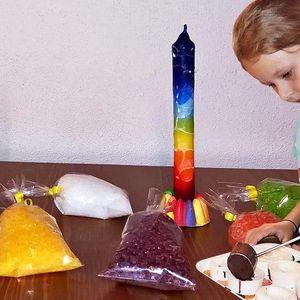 Výroba svíčky, sáčku s koupelovou solí či svícnu