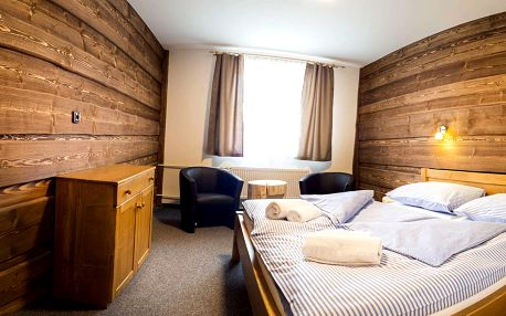 Hotel Kristian 1000 na Šumavě s tradiční polopenzí a disco-golfem