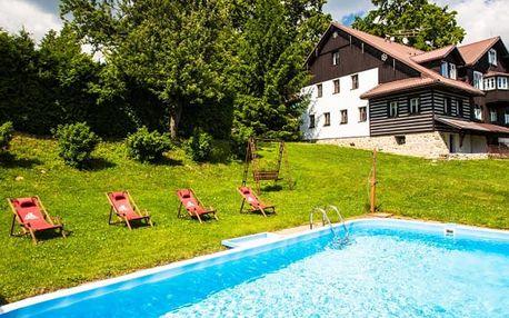 Nabitý pobyt v chatě s bazénem v Krkonoších