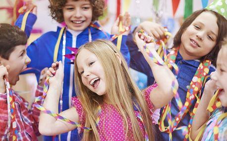 Dětská narozeninová party v kavárně s hernou