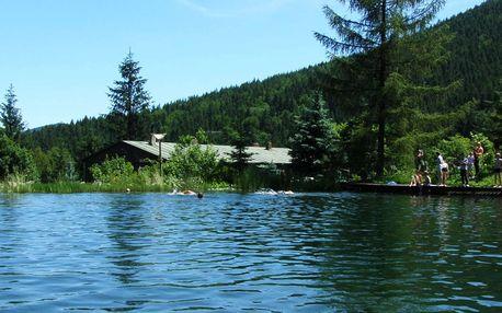 Červencové svátky plné zážitků! Ultra Last Minute v horské chatě Skalka přímo u jezera v Beskydech s polopenzí pro dva