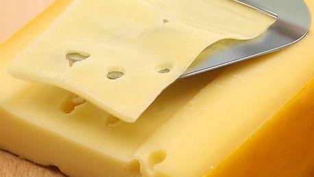 Kráječ na sýr ve stříbrné barvě
