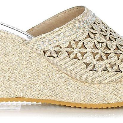 Prety Pantofle na klínku béžové CP22-2BE Velikost: 38 (24,5 cm)