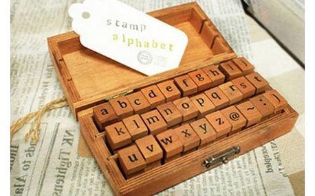 Razítková abeceda v krabičce