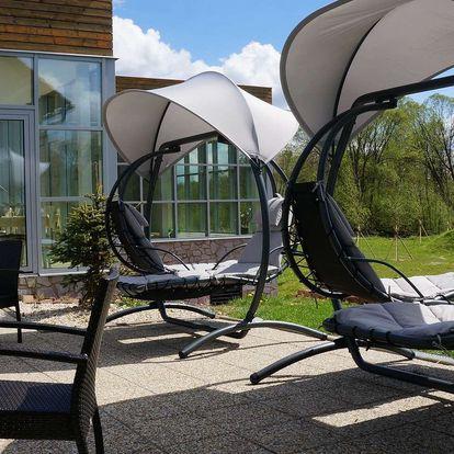 Letní pobyt v hotelu Orsino**** na břehu Lipna s polopenzí a neomezeným wellness pro dva