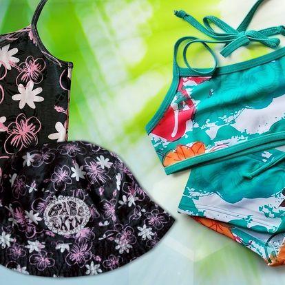 Dívčí tílko, klobouk, plavky a bermudy