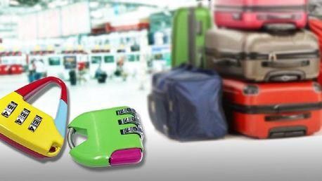 Dva zámky na zavazadla ve veselých barvách