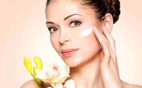 Nabité kosmetické ošetření s masáží obličeje