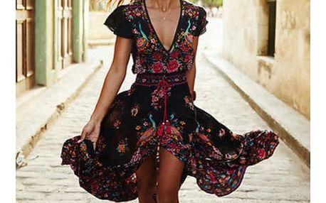 Dlouhé šaty s asymetrickou sukní a červeným květovaným vzorem - velikost č. 5
